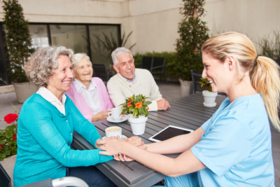 home care for seniors in the lounge in the retirement home