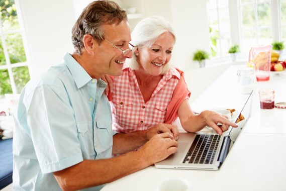 Promoting-Online-Safety-to-Your-Aging-Loved-Ones