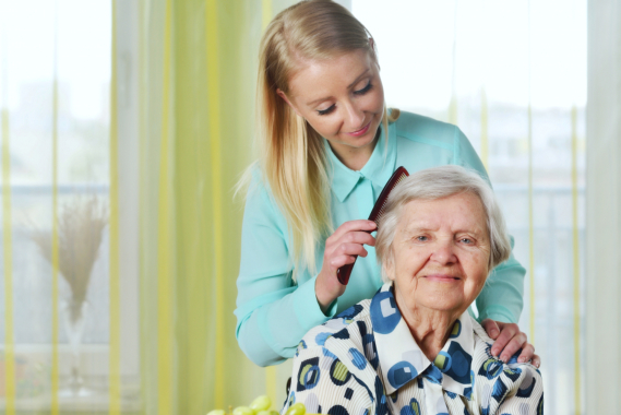hair-care-tips-for-aging-loved-ones